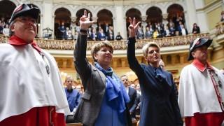 Schweizer Parlament bestimmt zwei neue Minister