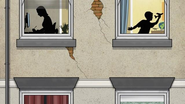 Mann schlägt Frau hinter Fensterscheibe mit Junge und Mädchen im oberen Stockwerk PUBLICATIONxINxGER
