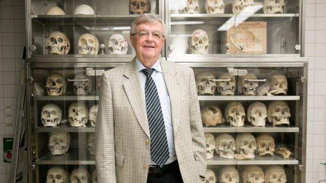 Professor Wolfgang Eisenmenger, Institut für Rechtsmedizin der Universität München