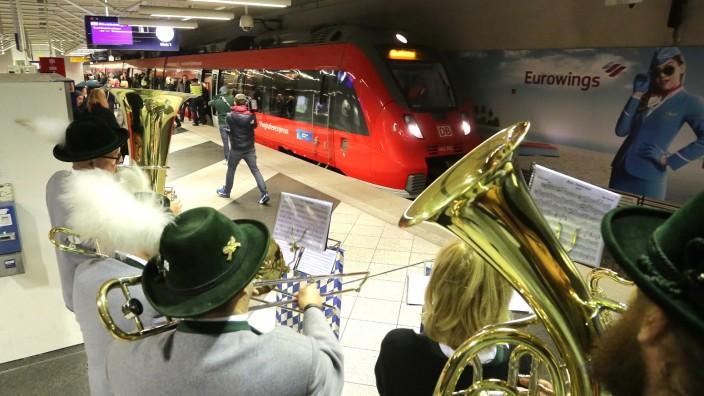 Bahnnetz Um Flughafen Soll Noch Dichter Werden München