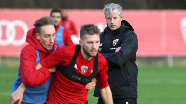 Sport Bilder des Tages 2 Bundesliga Fußball FC Ingolstadt 04 erstes Training mit neuem Traine