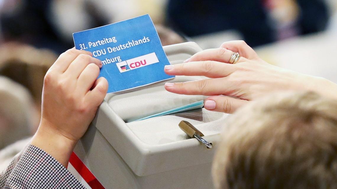 CDU-Parteitag en vivo - Wer wird Merkels Nachfolger? - Politik