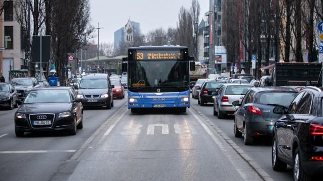 Busspur in München, 2017