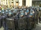 Tausende Polizisten rüsten sich für neue Anti-Macron-Proteste in Paris (Vorschaubild)