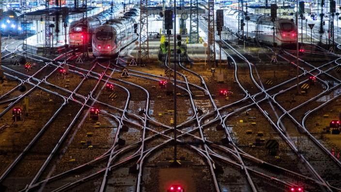 Warnstreik bei der Deutschen Bahn - München