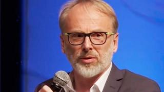Oliver Schröm