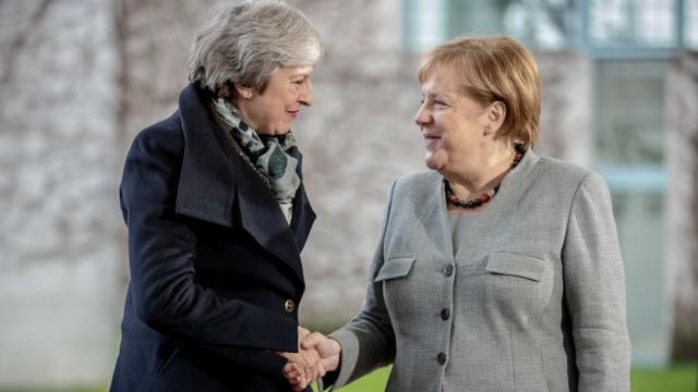 Kanzlerin Merkel  empfängt Theresa May
