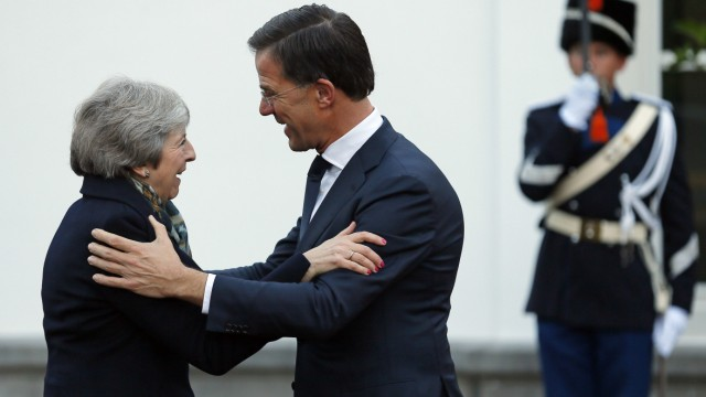 Theresa May trifft Mark Rutte