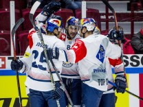181211 Trevor Parkes of RB Munich celebrates 2 1 during the CHL quarter final game between Malmö Re