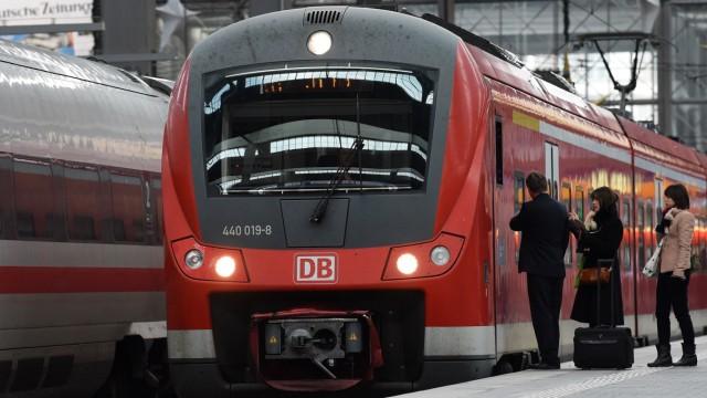 Bahn und Bus Deutsche Bahn