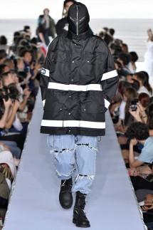 Vetements : Runway - Paris Fashion Week - Ready to Wear Spring/Summer 2019