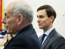 Jared Kushner und John Kelly im Weißen Haus