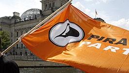 Bundestagswahl Jörg Tauss führt durch den Reichstag