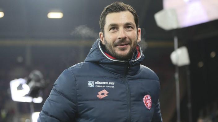 Trainer Sandro Schwarz Mainz Portrait Nach Vorgaben der DFL Deutsche Fuï¬,ball Liga ist es u; sandro schwarz