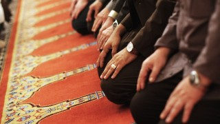 Gebet in Moschee