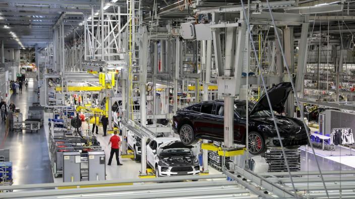Produktion im Porsche-Werk Leipzig