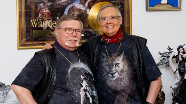 """""""Die Wanderhure"""" Autoren: Iny Lorentz, in Wirklichkeit Ingrid Klocke und Elmar Wohlrath"""