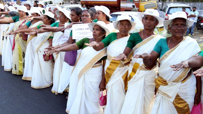 Indian women protest to protect renaissance values and gender equality, Kochi, India - 01 Jan 2019