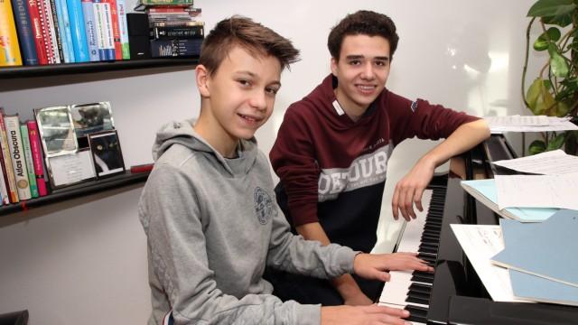 Zwei Nachwuchspianisten aus dem Würmtal