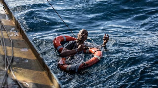 Politik Europäische Union Flüchtlinge im Mittelmeer