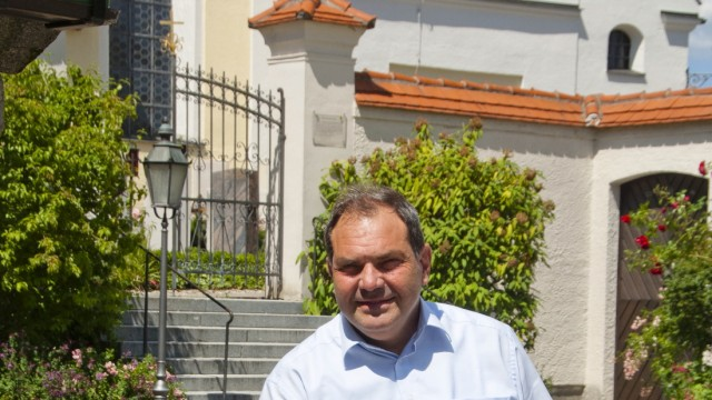 Allershausen Nachfolger für Monsignore Robert Urland