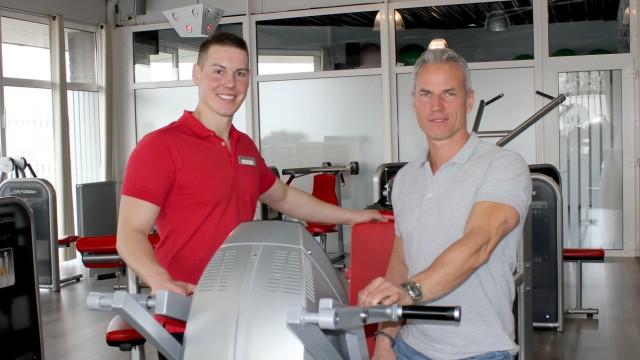 Leben und Gesellschaft Anruf bei Fitnessstudio (LANGE VERSION!!!)
