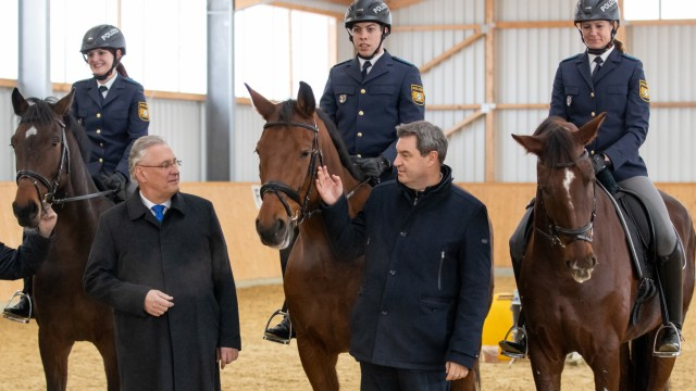Ausbau der Reiterstaffeln der bayerischen Polizei