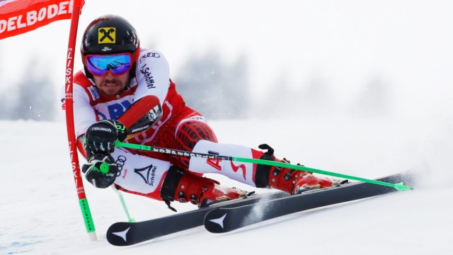 Alpine Skiing - Alpine Skiing World Cup - Men's Giant Slalom