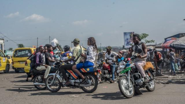 NUR IM ZUSAMMENHANG MIT DER AUSSTELLUNG Megalopolis - Stimmen aus Kinshasa ZU VERWENDEN! Ausstellung: 01.12.2018-31.03.2019