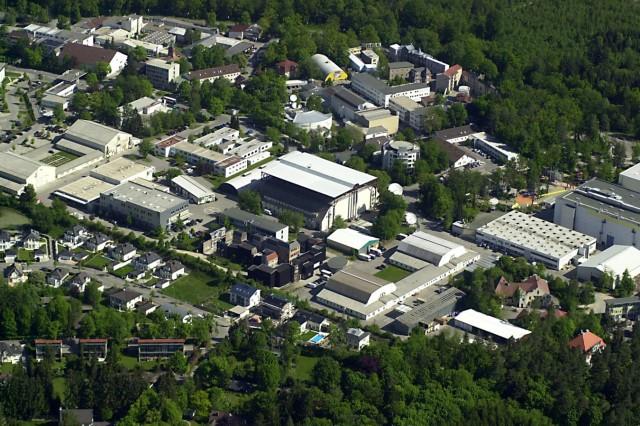Luftaufnahme der Bavaria Filmstadt in Grünwald, 2009