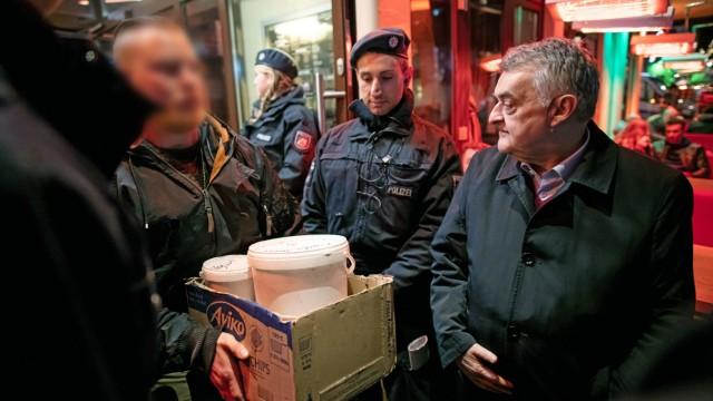Razzien in mehreren Shisha-Bars in NRW