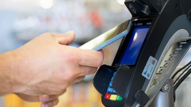 Zahlen im Vorbeigehen - Mobile Payment mit dem Handy