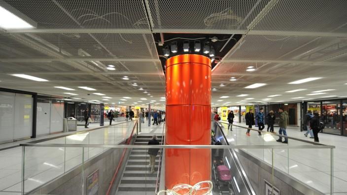 Modernisiertes Zwischengeschoss des Hauptbahnhofs in München, 2015