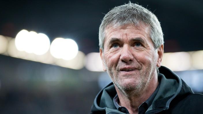 Fortuna Duesseldorf v Bayern Muenchen - Telekom Cup 2019