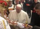 Kölner Karnevalsprinz überreicht Papst eine Quietsche-Ente (Vorschaubild)