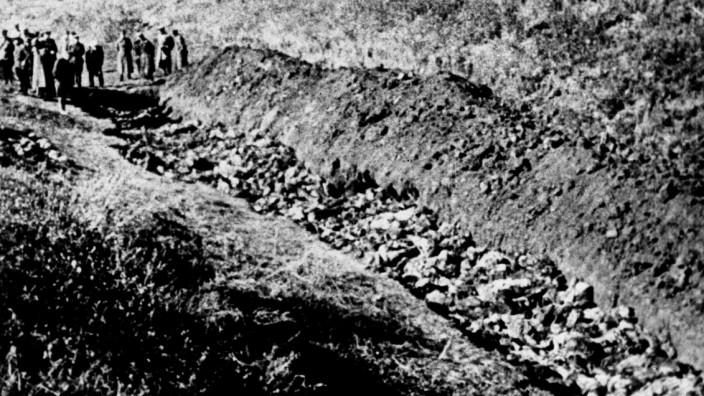 Holocaust - Massengrab 1944 in der Ukraine