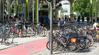 Fahrräder Radfahrer Parkplätze