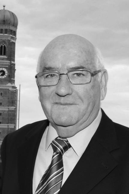 Prof Werner Weidenfeld Muenchen 28 07 15 Bayerischer Hof Sommerfest Volkhardt