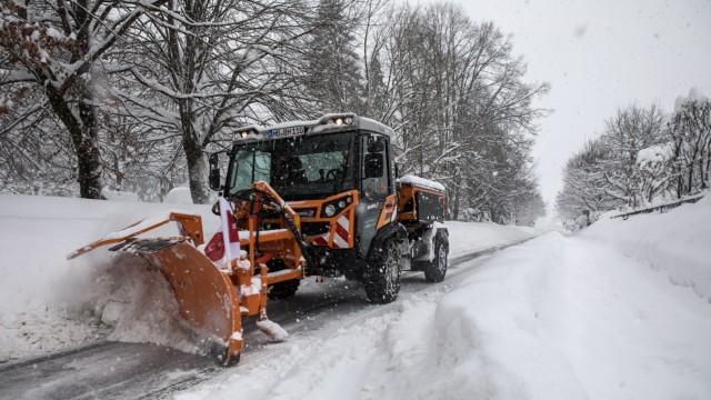 Schnee in Miesbach, Katastrophenfall ausgerufen