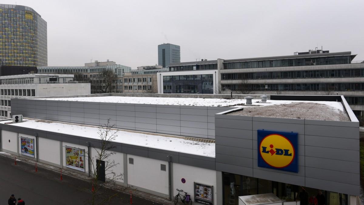 Lidl steigt in Münchner Wohnungsmarkt ein / Stadt lässt erneut Obdachlosenlager räumen