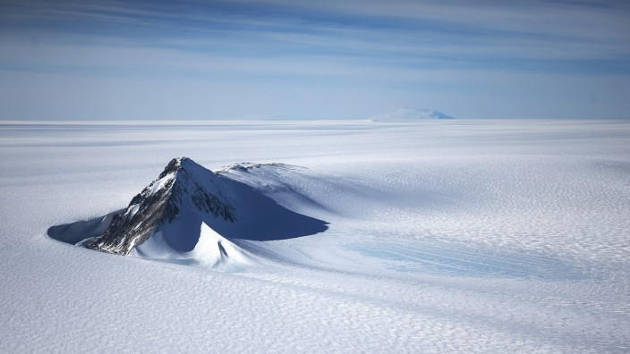 BESTPIX - NASA's Operation IceBridge Maps Changes To Antartica's Ice Mass