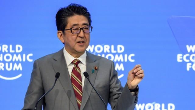 Davos - Japans Premier Shinzo Abe spricht auf dem Weltwirtschaftsforum WEF 2019
