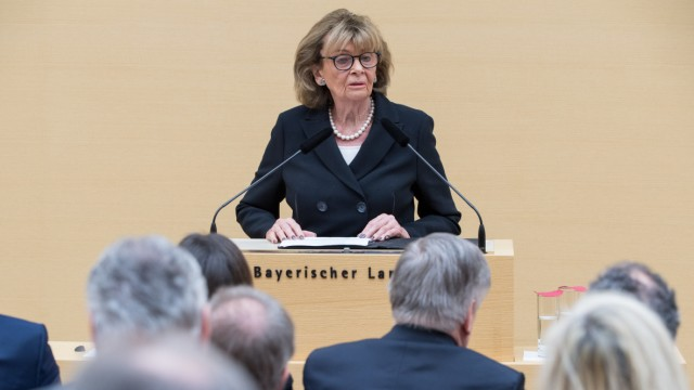 Charlotte Knobloch spricht im bayerischen Landtag