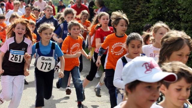 Gröbenzell: Start 1. Volks- und Familienlauf
