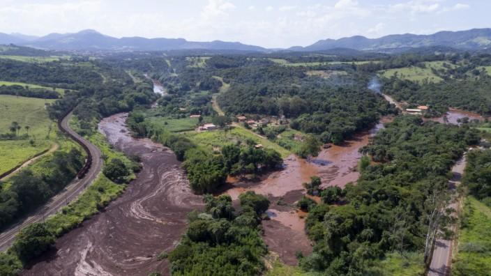 Gebrochener Staudamm in Brasilien