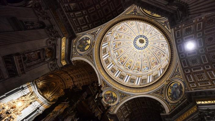 Kuppel des Petersdoms in Rom