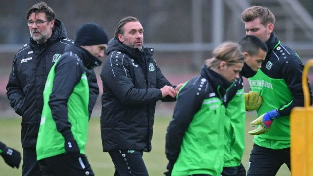 Hannover 96 Training Session