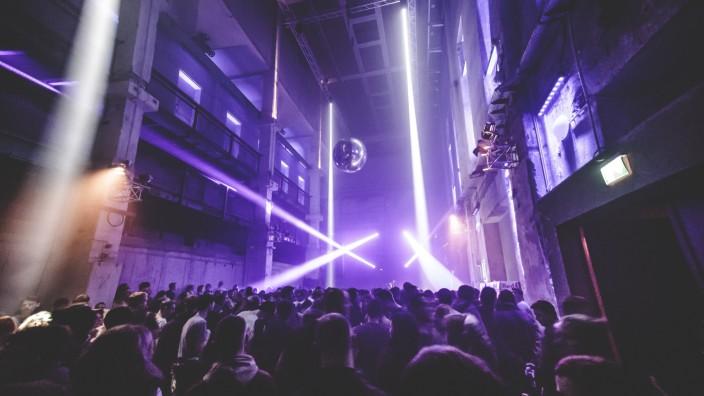 Ende der Zwischennutzung: Das Mixed Munich Arts in der Maxvorstadt zog Technobegeisterte an wie ein Magnet.
