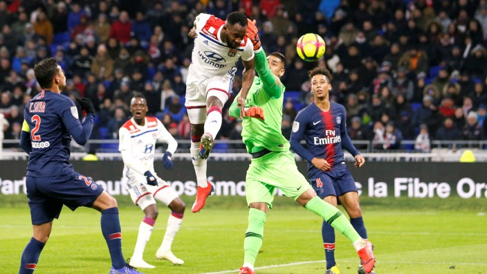 Ligue 1 - Olympique Lyonnais v Paris St Germain