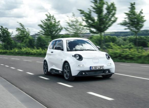 Neue Elektroautos für jeden - Mehr Strom für die Straße